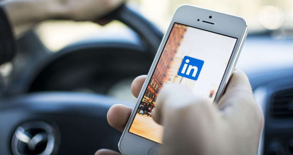Consultants are Linkedin-active but totally ineffective, says Luk Smeyers